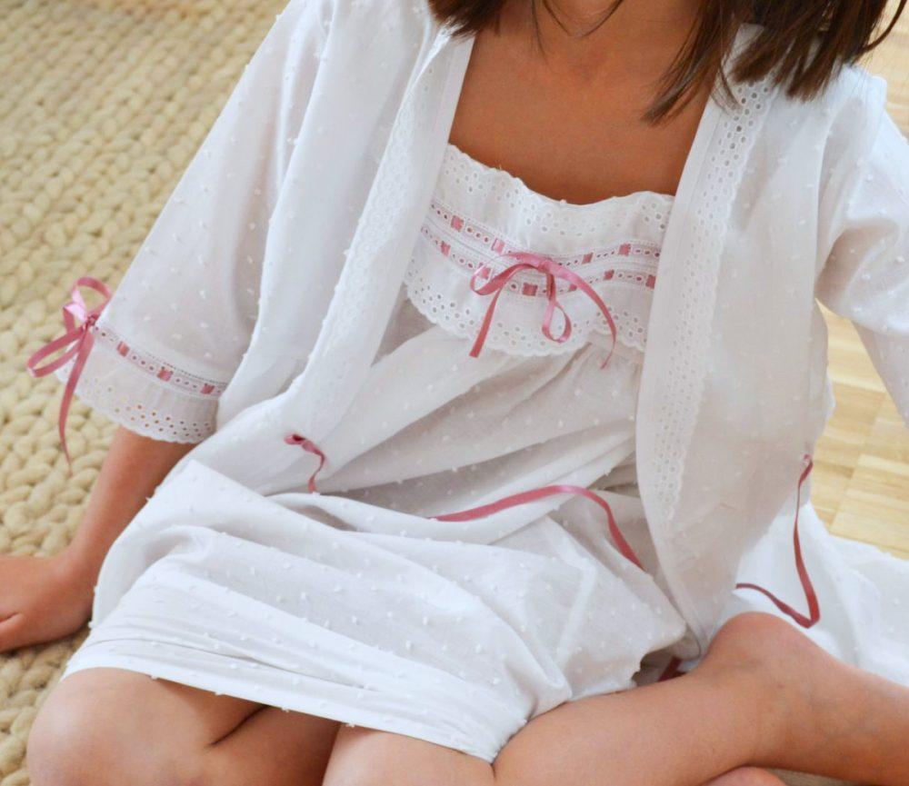 pijamas, camisones y batas para niños